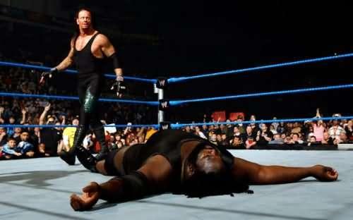 undertaker-vs-mark-henry-1488650461-800