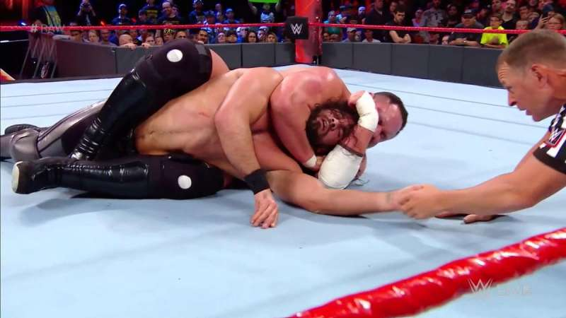 raw-best-great-main-event-1496566409-800