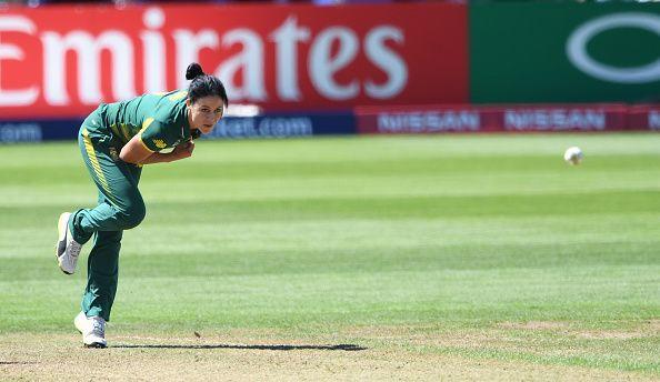 women cricketer