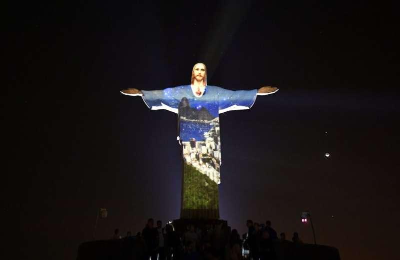 ये प्रतिमा ब्राज़ील की पहचान है