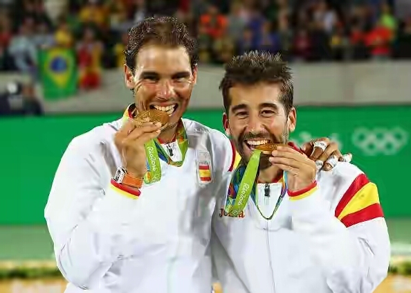 589026062-gold-medalists-rafael-nadal-and-marc-lopez-gettyimages-1471859408-800 1