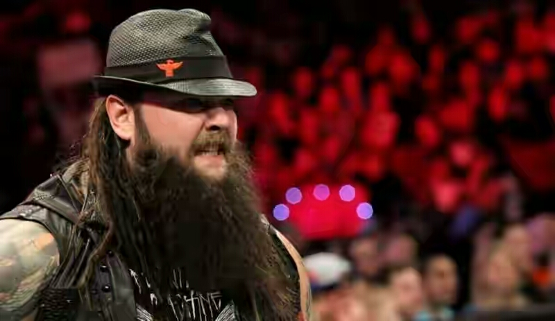 bray-wyatt-very-unhappy-about-the-match-1473689679-800