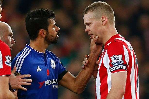diego-costa-argues-with-ryan-shawcross-1476512592-800