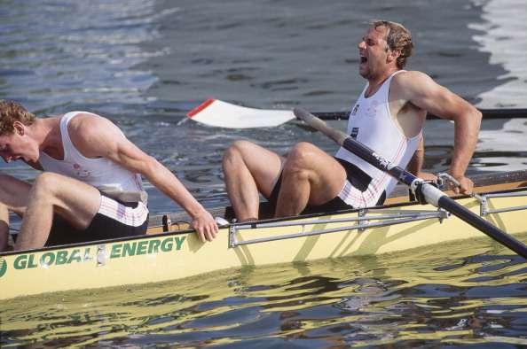 rowers-1476960287-800