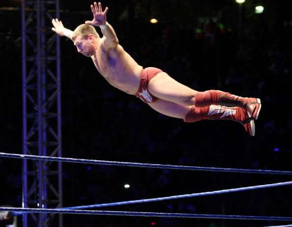 118553582-superstar-daniel-bryan-flys-off-the-ropes-gettyimages-1486732021-800